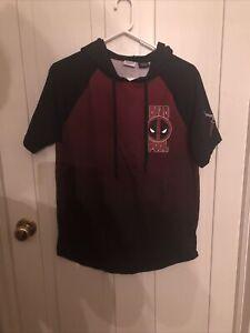 Marvel Deadpool Short Sleeve Hoodie Small