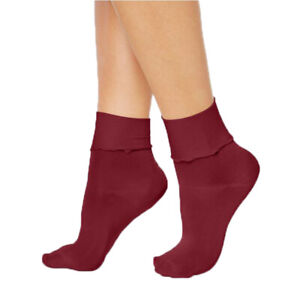 Hue Womens Ruffled Luster Socks Sangria Size 9-11