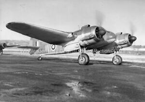 BRISTOL BEAUFIGHTER - ORIGINAL AVIATION PHOTO-MOYES & BOWYER COLLECTIONS
