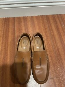 Clarks Loafers 👞One Month Old    ,Men's Size 9 , Never Used .