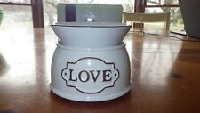 Scentsy Wax Warmer LOVE NIB White and Black Retired