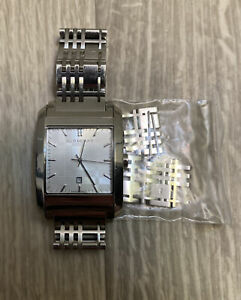Burberry BU1567 Square Stainless Steel Bracelet Swiss Made 50m/165ft Watch