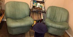 Vintage Pair Mid Century Modern Milo Baughman Style Swivel Lounge Chairs Round