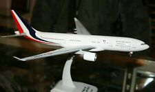 Hogan Wings 1/200  French Air Force  Airbus A330-200 With GEAR  Model Aircraft