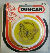 """VINTAGE 2"""" YELLOW AND WHITE DUNCAN BUTTERFLY YO-YO IN PACKAGE"""