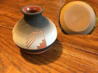 Native American Indian Ceramic Pot Signed Martin DeCory Sioux Pottery Southwest