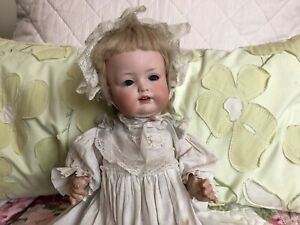 Antique Bahr Proschild Baby Doll