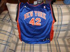 New York Knicks blue Lee youth jersey #42 sz L (14-16)