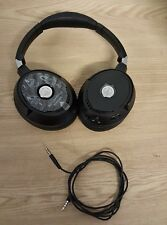 Audio-Technica ATH-ANC70 QuietPoint ActiveNoise-Cancelling Over-Ear Headphones