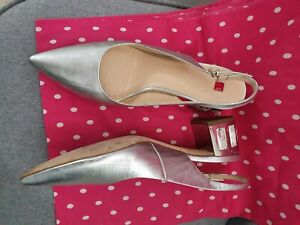 Hogl silver leather shoes with beautiful jewelled heel size 7