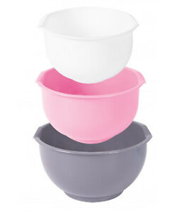 Cookhouse Set of 3 Plastic Mixing Bowl with Pouring Lip and Non-Slip Base
