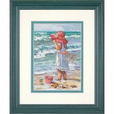 Dimensions - Counted Gold Cross Stitch Kit - Girl at the Beach - D65078