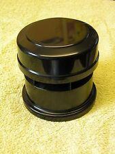 Válvula de admisión de aire color Negro externo.