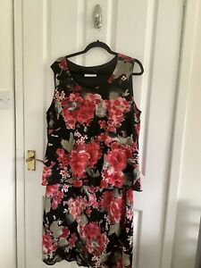 Beautiful Ann Harvey Black Floral Party/ Evening Skirt Size 22 Top Size 24