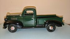 1/24 Motormax Green Black 1941 Plymouth Pickup Truck 73278 Diecast Model Toy