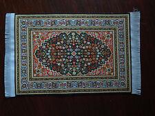 Ornamento de alfombra turca en miniatura