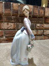 "Lladro figurine 7622 ""Basket of Love"" 1994 with original box mint condition"