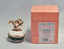 Enesco Friends of the Feather Santa with Basket of Toys Covered Box 731420