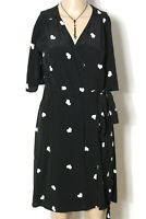new look Kleid Gr. 36 schwarz knielang Kurzarm Wickel Kleid mit weißen Herzen