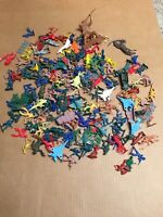 Vtg Cowboys & Indians Plastic Army Men Planes Style Toys Lot of Multi Color AR25