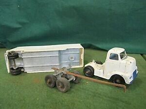 Vintage  Tootsie Toy semi truck &  trailer  + extra parts