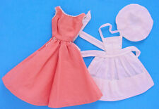 1959 ORIGINAL BARBIE-Q #962 DRESS APRON & HAT EXCELLENT!