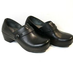 Dansko Solstice Black Clogs Womens Black Comfort Side Button 38 US 7 1/2 EUC