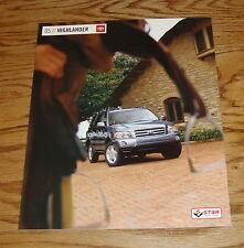 Original 2005 Toyota Highlander Sales Brochure 05