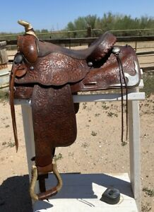 Hereford Tex Tan Pleasure Saddle Pretty tooling & silver conchos etc Nice Deal!
