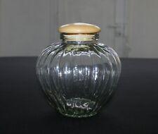 Ancien pot / bocal à bonbons en verre soufflé strié avec couvercle en bois