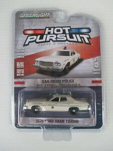 GREENLIGHT HOT PURSUIT- SAN DIEGO POLICE San Diego *1975 FORD GRAN TORINO* new!