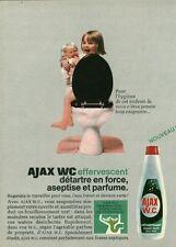 Publicité ancienne Ajax WC effervescent 1968 issue de magazine