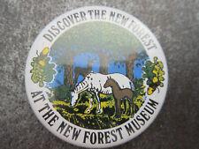 New Forest Museum Pin Badge Button Souvenir Tourist (L4B)