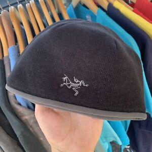 Arc'teryx Polartec Fleece Beanie Hat Scull Cap Bird Logo Black Grey OS Vtg MINT