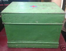 INDUSTRIAL VINTAGE GREEN MEDICINE FIRST AID CABINET CHEST TRUNK