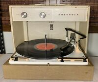 VINTAGE MOTOROLA TUBE RECORD PLAYER TURNTABLE MP60 - Works!!!!