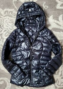 Lululemon jacket small Black Womens