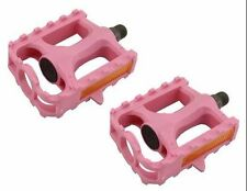 """M.T.B Pedals 861 9/16""""   PINK bmx bicycle pedal.road bicycle pedal PLASTIC 9/16"""