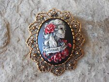 FOREVER LOVE SKELETON WOMAN (HAND PAINTED) -GOLD BROOCH / PIN / PENDANT - ZOMBIE