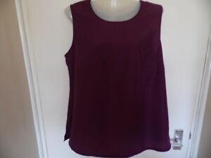 Ladies Plum Colour Round Neck, Sleeveless Top with Side Splits Size 14 euro 40