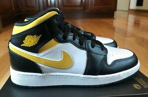 Nike Air Jordan 1 Mid GS White Pollen Black 554725 177 Size 5Y