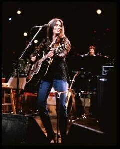 Emmylou Harris Country legend 1970's guitar concert Original 5x4 Transparency