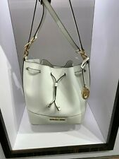 NWT Michael Kors TRISTA MEDIUM Bucket Shoulder Bag Saffiano Leather Optic White