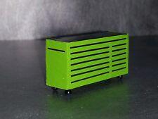 1/64 Custom scratch Farm green toolbox