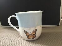 Lenox Butterfly Meadow Coffee Mug Tea Cup Blue Band Scalloped Edge Monarch