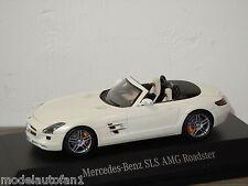 Mercedes SLS AMG Roadster van Spark Minimax 1:43 in Box *24168