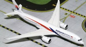 Phoenix Models Malaysia Airlines Airbus A350-900 1:400