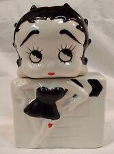 Betty Boop Salt & Pepper Set Ceramic