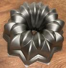 Nordic Ware Star Bundt Cake Pan Cast Aluminum