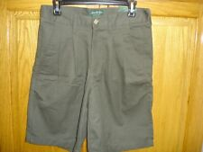 NWOT MEN'S DAVID TAYLOR WRINKLE FREE SHORTS SIZE 30 GREEN